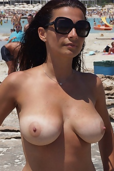 Beach Boobs